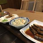 小料理もものふ - 大皿料理は300円〜
