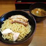 つけ麺 いろは - 料理写真:濃厚鶏醤油つけ麺 1.5玉