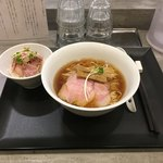 92908035 - ☆鶏そば+ミニ豚丼☆ 最高。豚丼も素晴らしい。