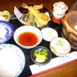 匠栄庵 - 料理写真:天ぷら味噌煮込み定食