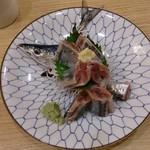 魚倖 - さんま造り700円