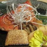 銀座 創作個室割烹 祇園 - 金目鯛の煮付