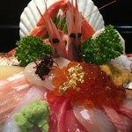 Yamasansushi - 海鮮丼