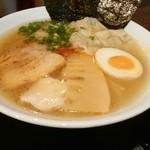 麺屋 サマー太陽 - 特製塩ラーメン(950円)