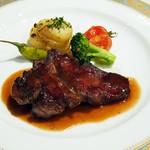 きた山 - 肉料理