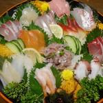 魚の北辰 - 料理写真:刺身盛り合わせ