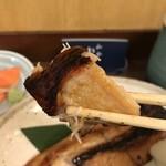 和食 かとう - 金目鯛西京焼アップ。肉厚な身はジューシーで、濃すぎない味噌味が満遍なく浸透していて、とても美味しくいただきました(╹◡╹)