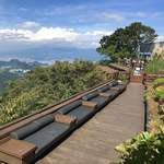 かつらぎ茶寮 - ソファー席は富士山を背にして座る今時の配置