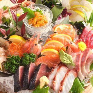 当店自慢の海鮮料理!旬の鮮魚をふんだんに使ったお料理の数々!