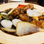 アオリ中華楼 - 黒酢の味わい強めです!