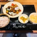アオリ中華楼 - B.鶏肉の黒酢野菜あんかけセット(900円)