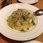 アマルフィイ ノベッロ - シラスと季節の野菜のパスタ