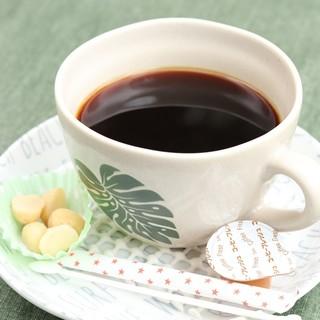 カウコーヒーマカデミアナッツ付き(\450)