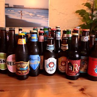 約64種類を取り揃え!世界各国のクラフトビールを思う存分に!