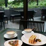 ザ・カフェ by アマン - カフェでモーニング
