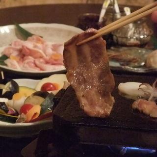 看板料理「溶岩焼き」