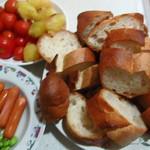 レフボン - フォンデュ(うちのイモ、トマト)