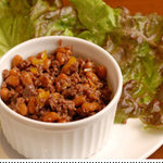 シャンティ - 牛挽肉と納豆エスニック風炒め(レタス包み)