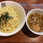 煮干しらーめん 玉五郎 四代目 - 煮干しつけ麺大盛り