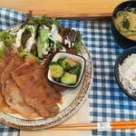 Yummy Mammy - 生姜焼き定食(500円)
