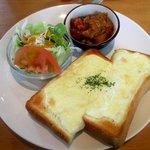 イージーライフカフェ - チーズトーストセット!