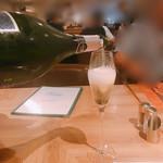 ブッフェダイニングポルト - 乾杯のスパークリングワイン