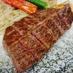 鉄板Diner JAKEN - 特撰黒毛和牛 ロースステーキ100g セット