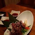 海鮮釜居酒 花火 - 戻りカツオわら焼きタタキ