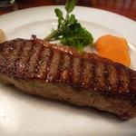 ボビノ - ☆肉厚でボリューミーなステーキですね(#^.^#)☆