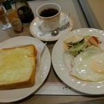 栞 - モーニングセット チーズトースト