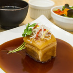 YoTsuBa - ◇「一枚肉の黒酢酢豚ランチ」◇(副菜・ごはん・日替わりスープ・サラダ・デザート付き)