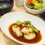 YoTsuBa - ◇「海老の宮保(クンポー)ランチ甘辛ソース仕立て」◇(副菜・ごはん・日替わりスープ・サラダ・デザート付き)