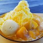 カフェ&コテージ オーシャンブリーズ - 料理写真:氷マンゴーおっぱスペシャル