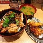 焼鳥のヒナタ - 炭火焼鳥丼+唐揚げセット