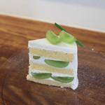 喫茶 青砥 - 料理写真:ショートケーキ シャインマスカット☆