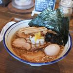 Omotenashi Noodles よこじ - 料理写真:特製背脂煮干そば☆