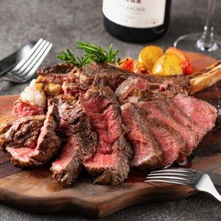 舌の上でとろける!至極の肉&チーズ料理をお楽しみください♪