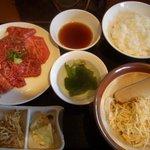 五色亭 - ロース定食