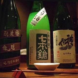 ◇厳選焼酎・純米酒◇鶏料理と合う、こだわりの銘酒あり〼。