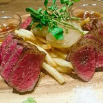 肉バルGAM - 特選黒毛和牛ステーキ3種盛(3980円)