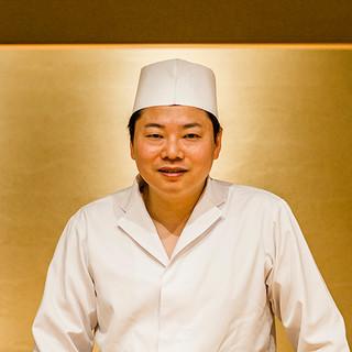黄丹翼氏(オオタンツバサ)─次代を担う新進気鋭の寿司職人