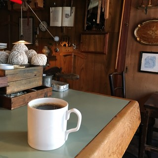 ワイフアンドハズバンド - ホットコーヒー(コロンビア) 500円