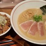 麺と心 7 - 料理写真:Bセット