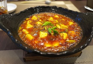 中國菜 浜正 - 麻婆豆腐。山椒の辛さがとても強い。そしてとても味わい深い。
