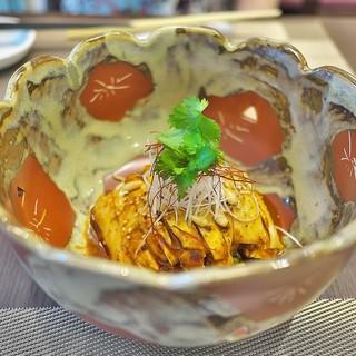 中國菜 浜正 - 料理写真:よだれ鶏、下には干し豆腐。かなりの辛さ。