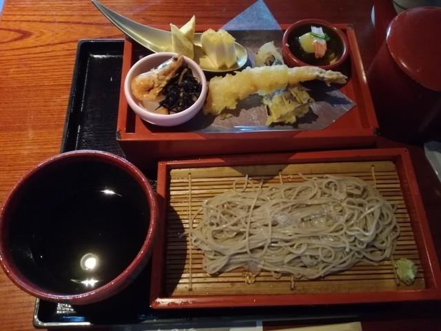 土風炉 大井町店の料理の写真
