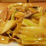中国料理太湖飯店 - 横から五目焼きそばアップ