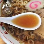 中華そば 白河屋 - きれいなスープ
