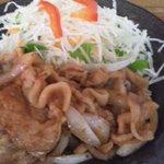 茶袴 - 豚しょうが焼き