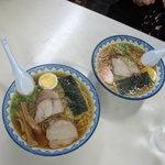 そば処 紀文 - 千秋麺の普通と半麺